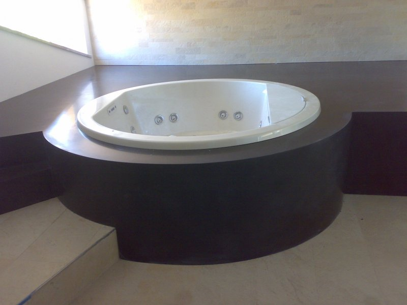 vasca bagno corian scala legno